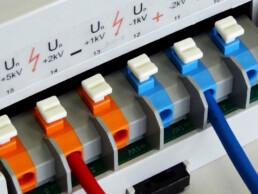 Mid-Voltage Measurement Transducer